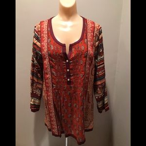 Lucky Brand pintuck Top Size Large